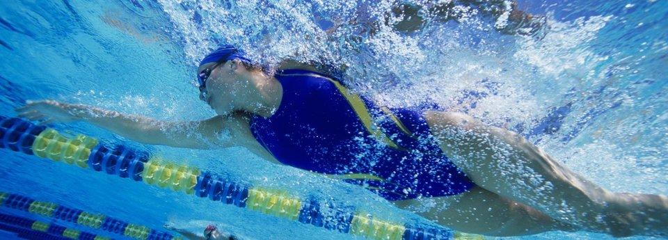 Какие мышцы развивают разные стили плавания?