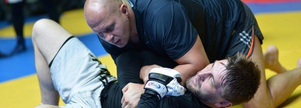 Емельяненко – Минаков, Ян – Мирзаев и другие бои россиян, которые мы хотим увидеть