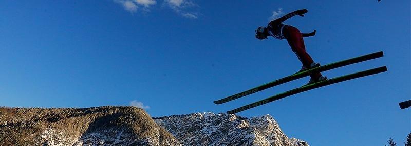 «Прыгнула с 40-метрового трамплина без лыж. Даже синяка не осталось». Прыжки с трамплина как самый безумный вид спорта
