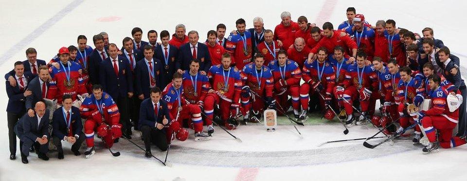Застыли в бронзе. 10 фото с матча Россия – США