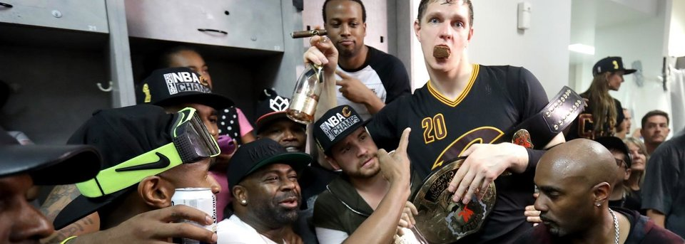 Почему Мозгов и Леброн стали чемпионами НБА сейчас, а не год назад