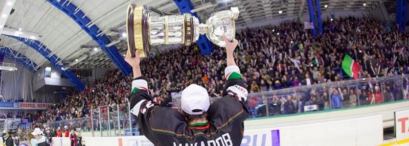 «В благополучных клубах зарплаты по 120 тысяч рублей в месяц». 5 интервью о реформах в российском хоккее