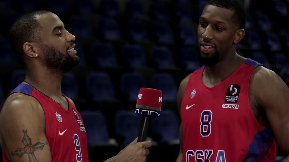 Защитник ЦСКА Джексон стал корреспондентом «Матч ТВ» на один день