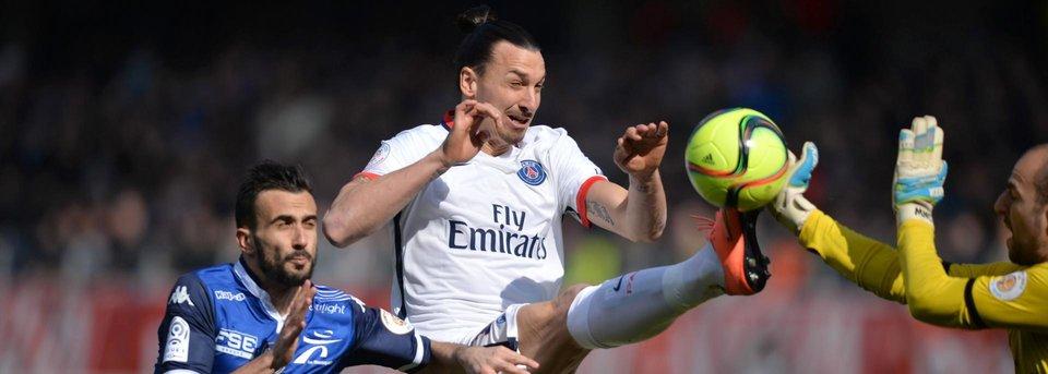 Как Ибрагимович закончил французский футбольный сезон в марте
