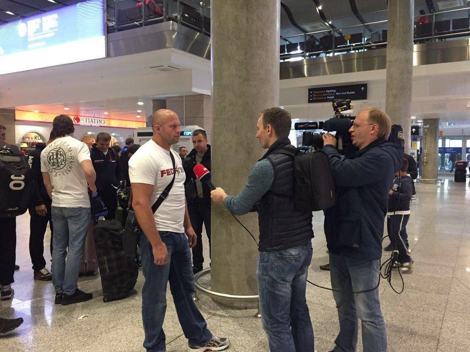 Федор Емельяненко прибыл в Санкт-Петербург