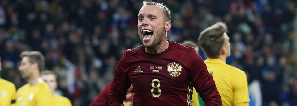 Денис Глушаков: «Однажды забил, как Жека Савин – углом головы»