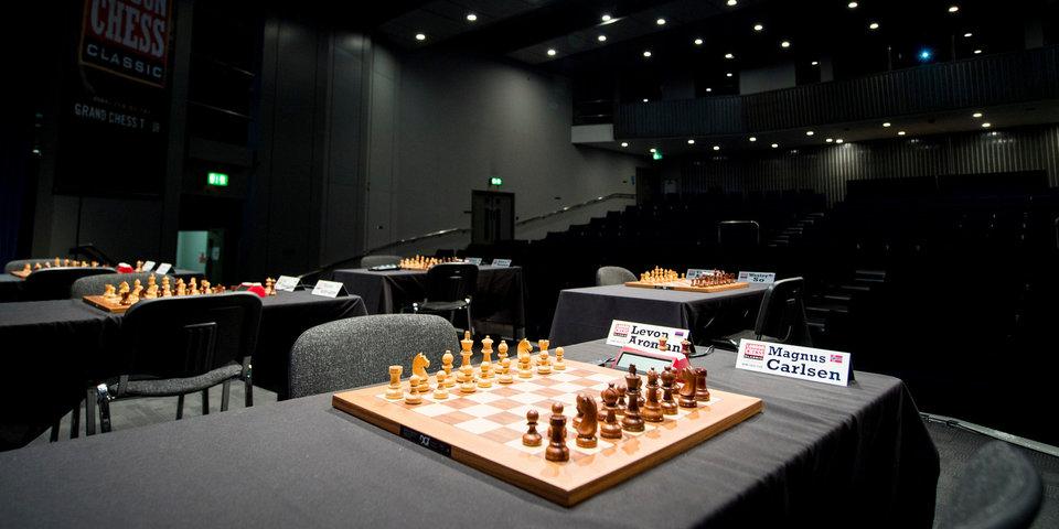 Каруана, Карлсен и Аронян поделили первое место на турнире в Сент- Луисе