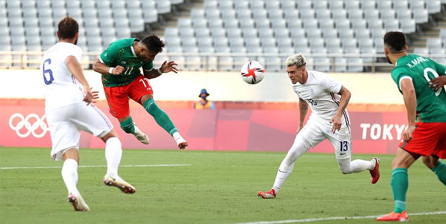 Мексика разгромила Францию на олимпийском турнире, Новая Зеландия переиграла Корею
