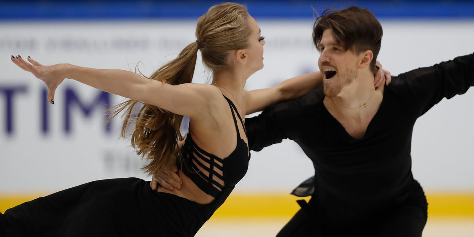 Степанова и Букин лидируют после ритмического танца на этапе Гран-при в России