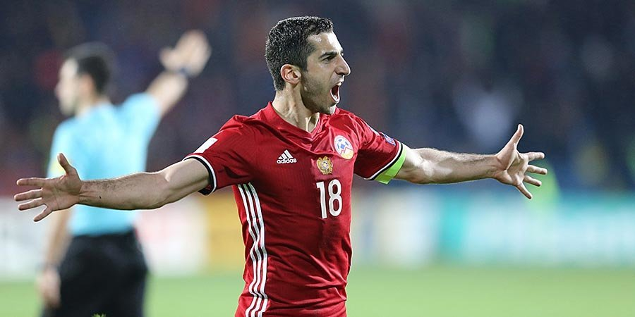Мхитарян в 10 раз признан футболистом года в Армении