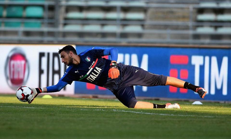 «Милан» предлагает Доннарумме контракт с окладом в 4,5 миллиона