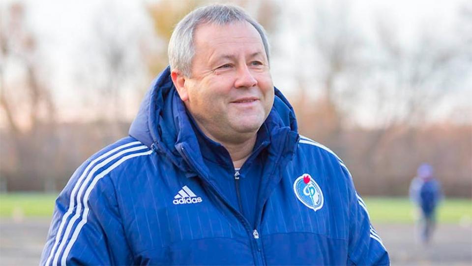 Гусев, отклонивший предложение из Хабаровска, продолжит работу с «Факелом»
