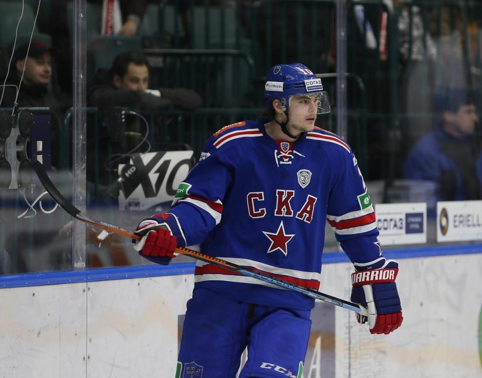 Виктор Тихонов: «Локомотив» дает очень мало шансов забить»
