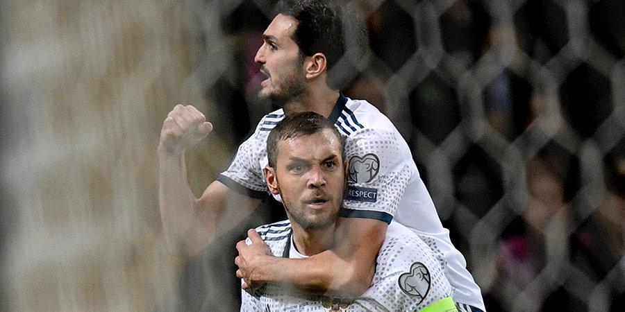 Статистический портал включил Дзюбу и Оздоева в символическую сборную Лиги чемпионов