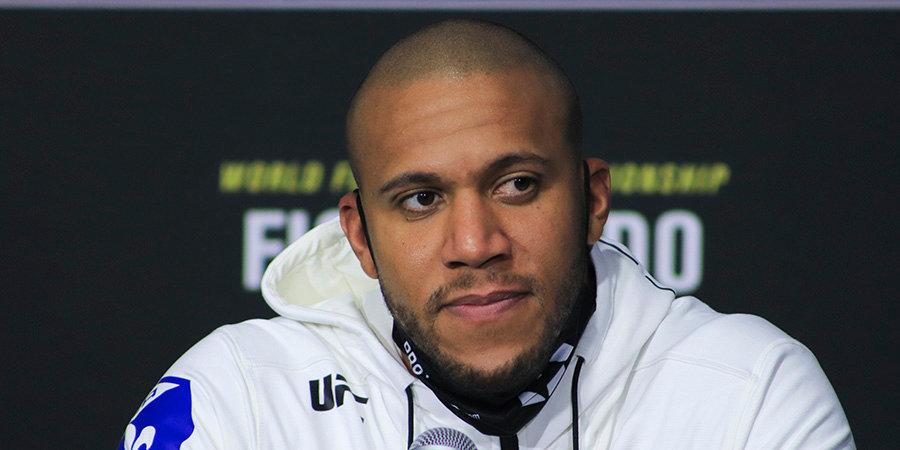 Менеджер Волкова критически отозвался о непобежденном тяжеловесе UFC Сириле Гане