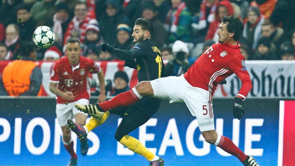 «Бавария» победила «Атлетико» благодаря голу Левандовского