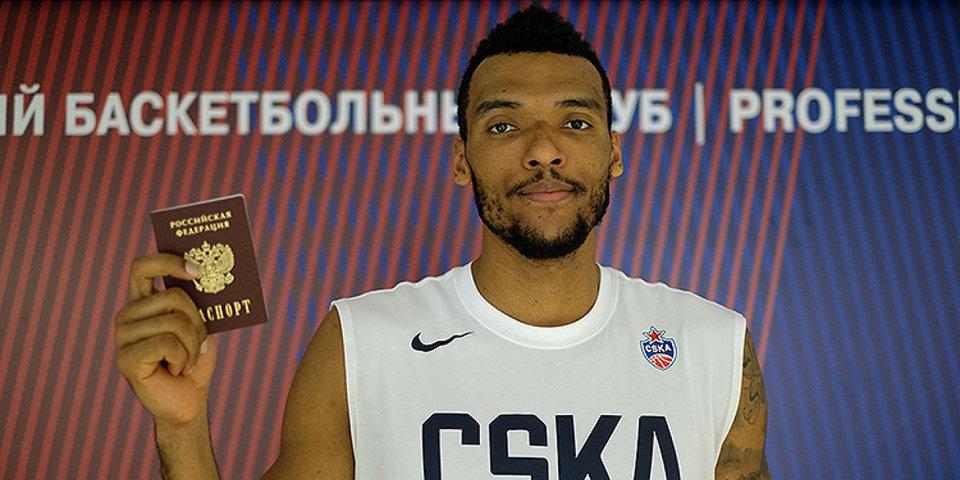 Получивший паспорт РФ Боломбой дебютировал в ЦСКА