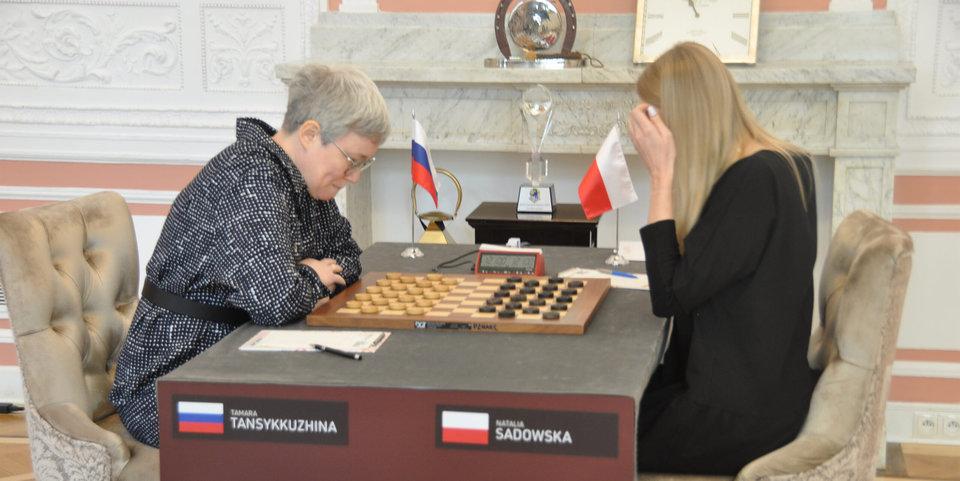 В Польше извинились за снятие российского флага во время финала чемпионата мира по шашкам
