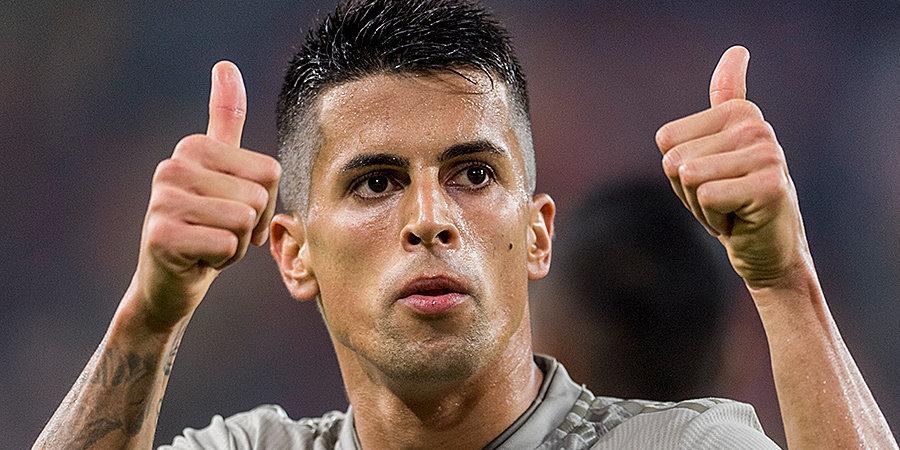 СМИ: «Манчестер Сити» сделает «Ювентусу» улучшенное предложение по Канселу