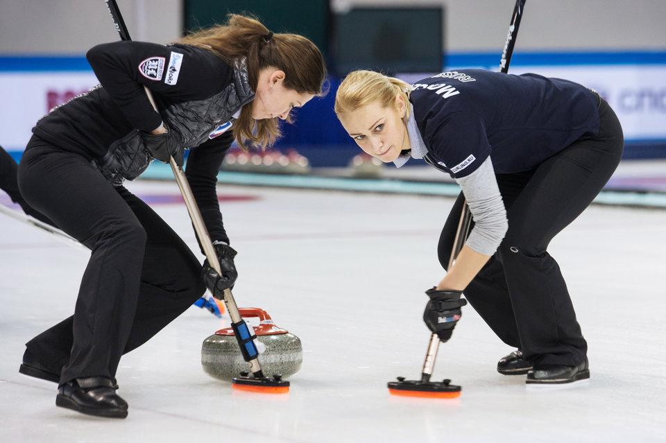 Российские керлингистки потерпели поражение в первом матче на Олимпиаде