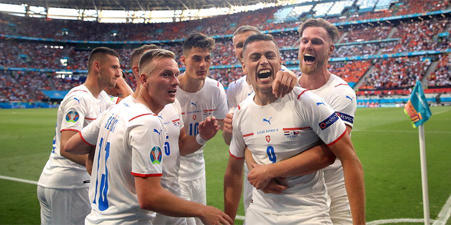 «Нашу сборную уже можно назвать фаворитом». Иржи Ярошик — о прорыве Чехии и провале России