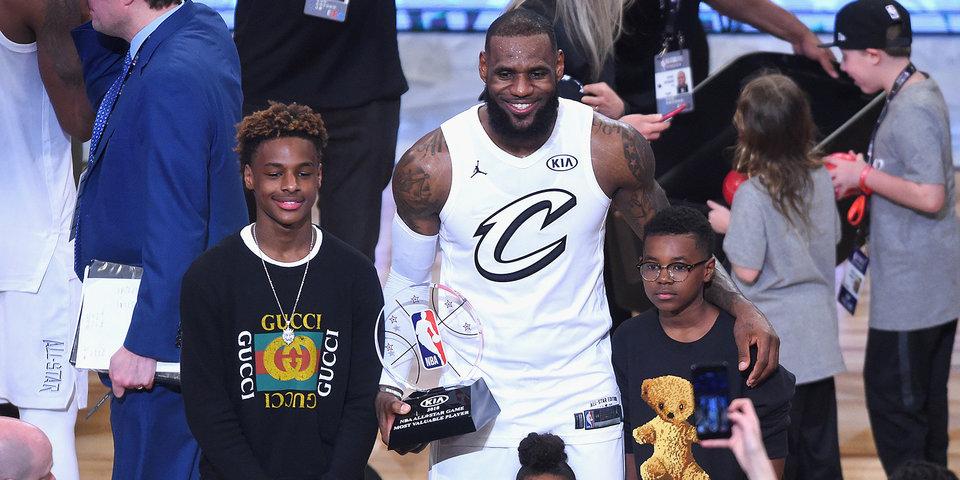 Леброн хочет дождаться в НБА своего сына. Нет, он не спятил