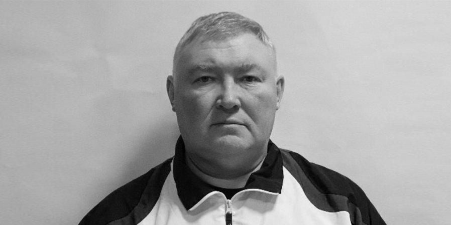 Главный тренер баскетбольной команды из Петербурга умер во время матча