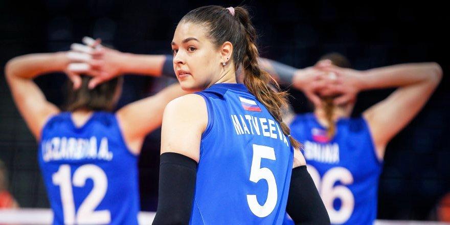 Россиянки в пяти партиях уступили Сербии на чемпионате Европы