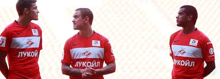 «Это самый популярный клуб России». «Спартак» показал форму и новичков