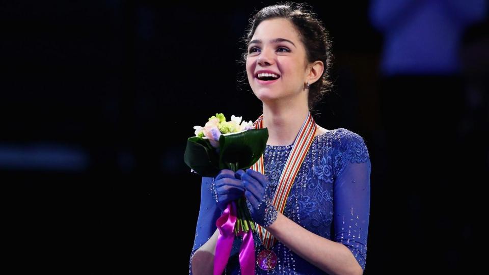 Медведева выиграла чемпионат России, 14-летняя Загитова — с серебром