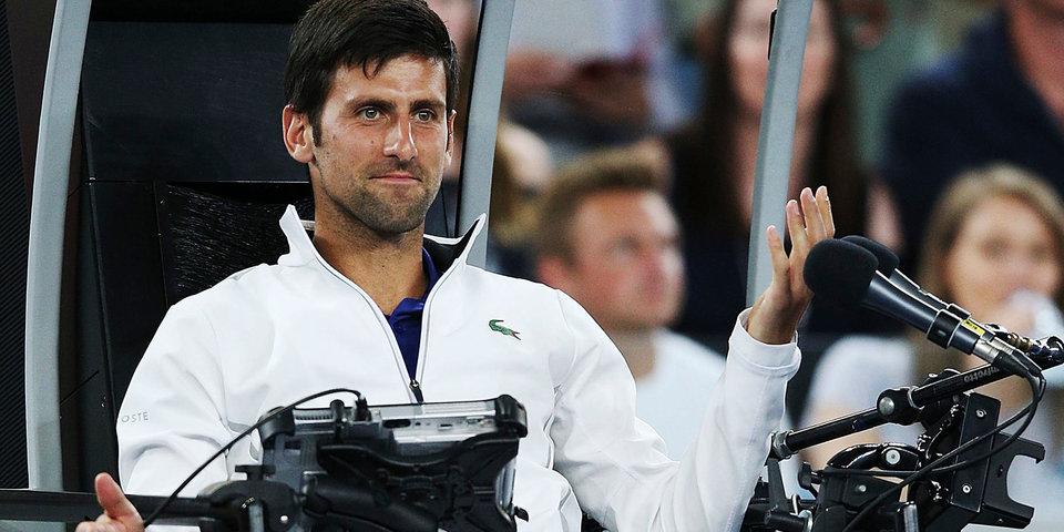 На Australian Open новые судейские вышки. Джокович не справился с управлением одной из них