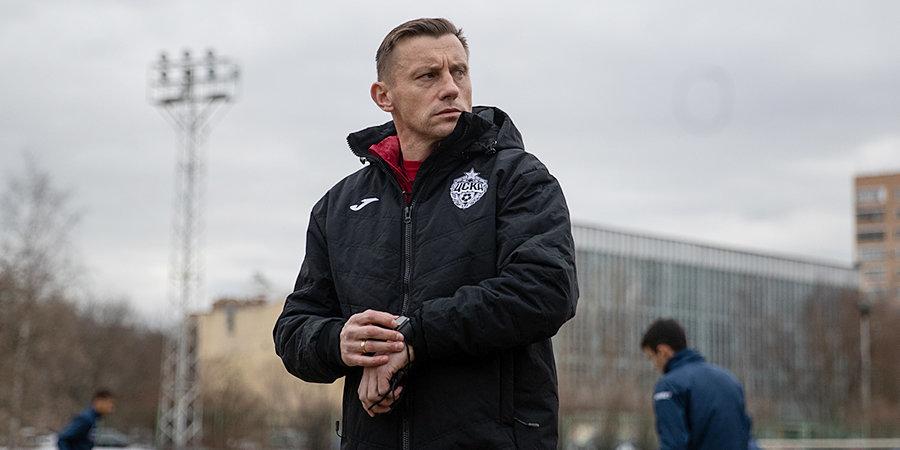 Тихонов считает, что ЦСКА не следовало менять Ганчаренко на Олича