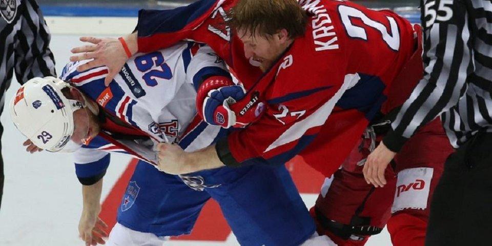 Драка 3 на 3 в игре «Локомотива» и СКА