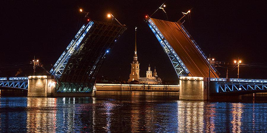 Дворцовый мост в Петербурге во время матчей Евро будет подсвечен цветами турнира