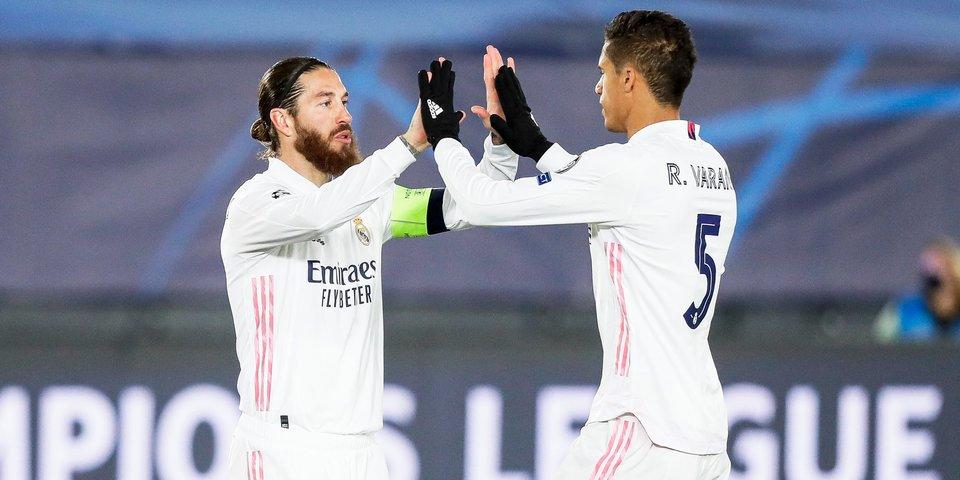 «Реал» вслед за Рамосом потерял и Варана. У «МЮ» теперь супердуэт в центре обороны, а кто будет играть в защите Мадрида?