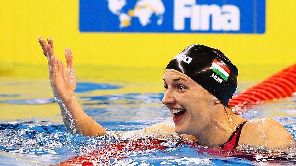 Хоссу выиграла заплыв на 200 метров комплексом на домашнем ЧМ