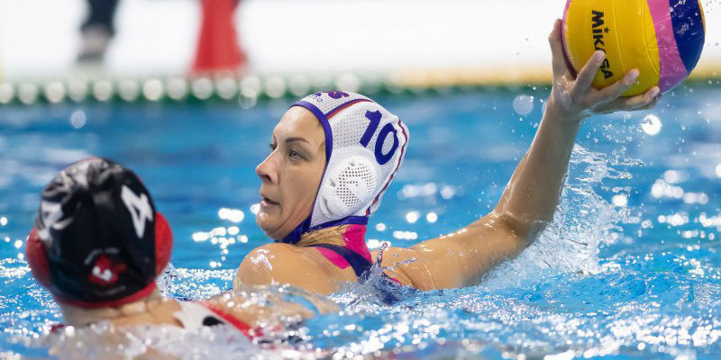 Женская сборная России разгромила Сербию на ЧЕ по водному поло