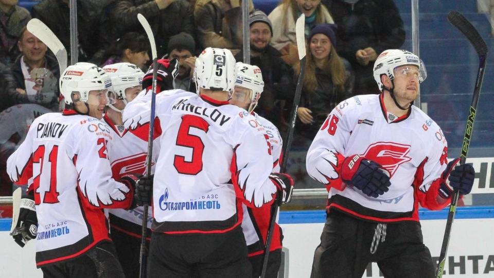 «Авангард» увез победу из Новосибирска