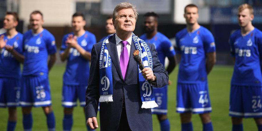 Лев Лещенко: «Жаль, что Дзюба отказался. Не знаю, кто будет забивать и играть впереди со словаками»