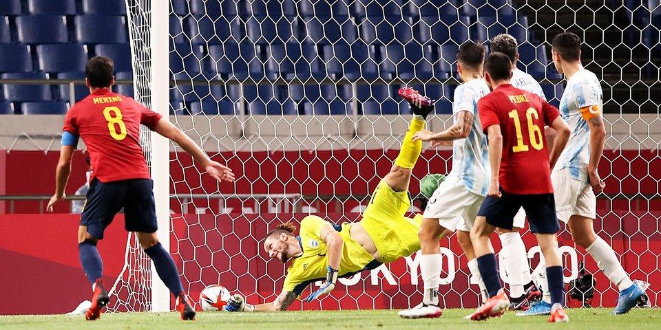 Аргентина ушла от поражения в матче с Испанией, но не смогла пробиться в четвертьфинал Олимпиады
