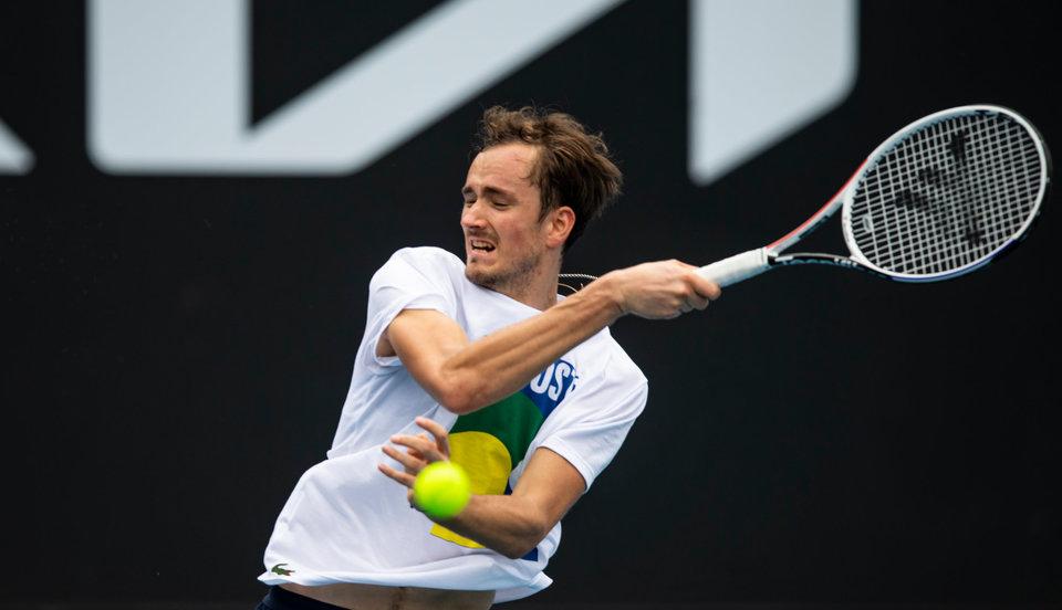 Тренер сборной России по теннису Андреев: «Медведеву будет тяжелее, чем другим ребятам»