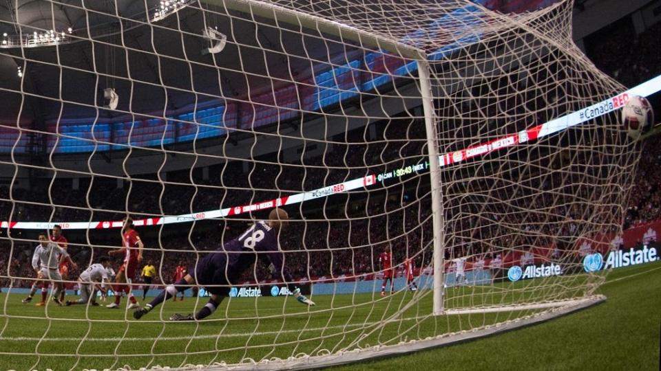 «Суонси» хочет получить от «Челси» 35 миллионов за Льоренте