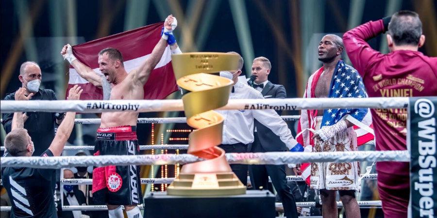 Бриедис победил Дортикоса и выиграл второй сезон Всемирной боксерской суперсерии
