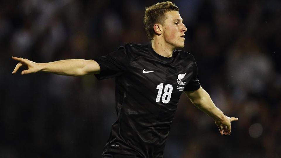 Нападающий сборной Новой Зеландии заключил долгосрочный контракт с «Бернли»
