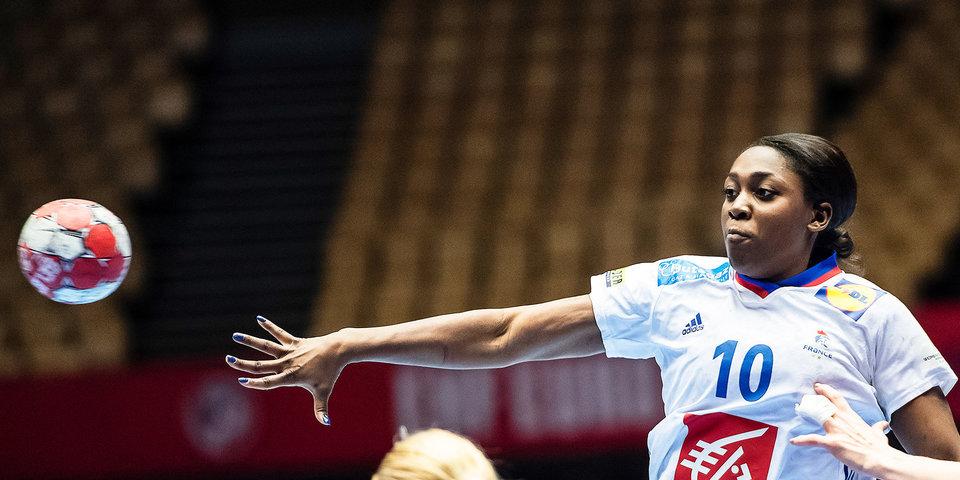 Сборная Франции по гандболу вышла в финал Олимпиады, обыграв Швецию