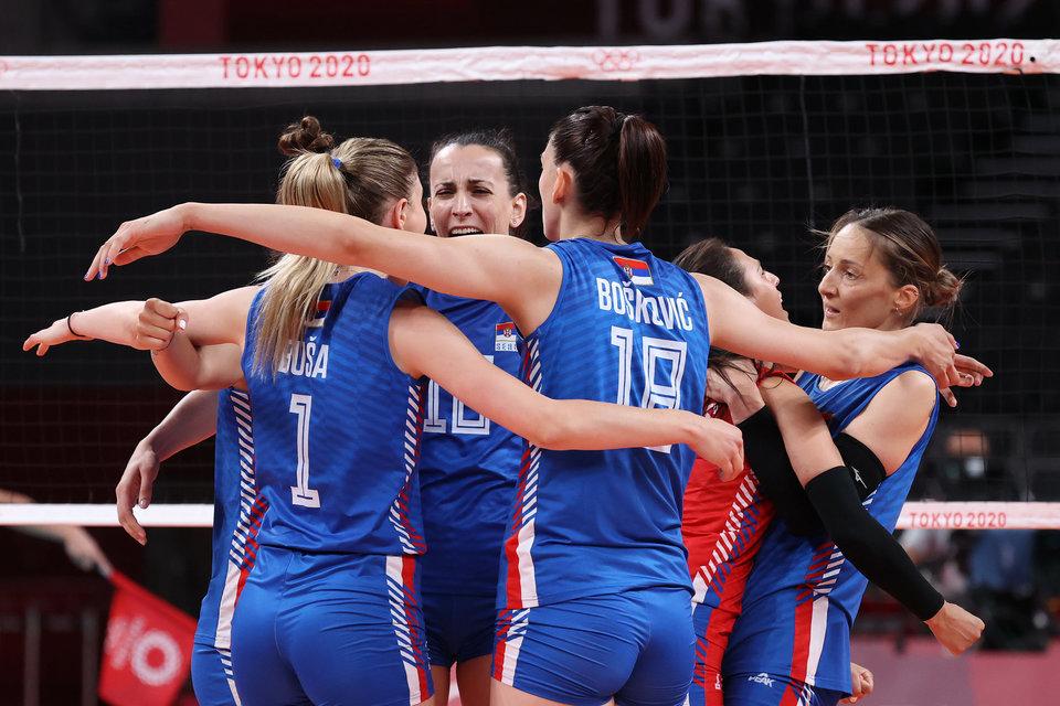 Сербские волейболистки сыграют с командой Италии в финале чемпионата Европы