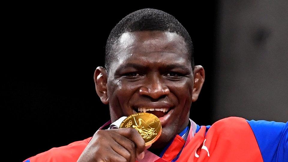 Михаин Лопес: «Четыре золота на Олимпиадах — это потрясающе не только для меня, но и для греко-римской борьбы»
