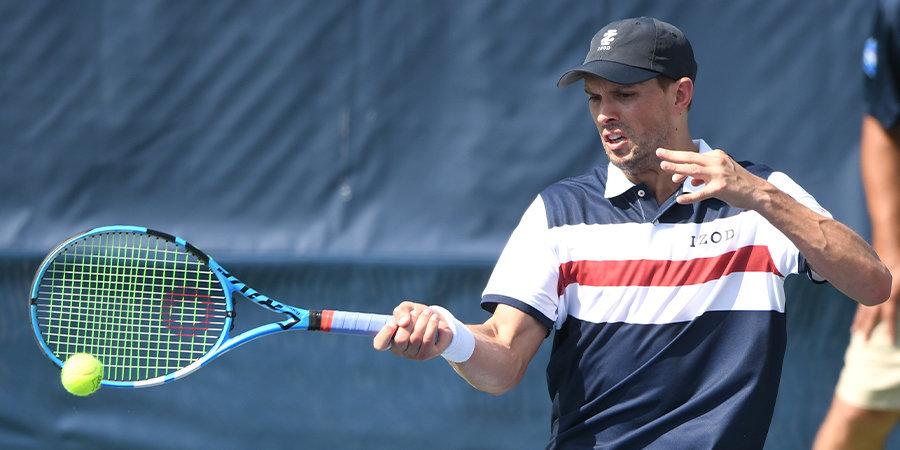 На US Open оштрафовали теннисиста за то, что он «выстрелил» в судью из ракетки