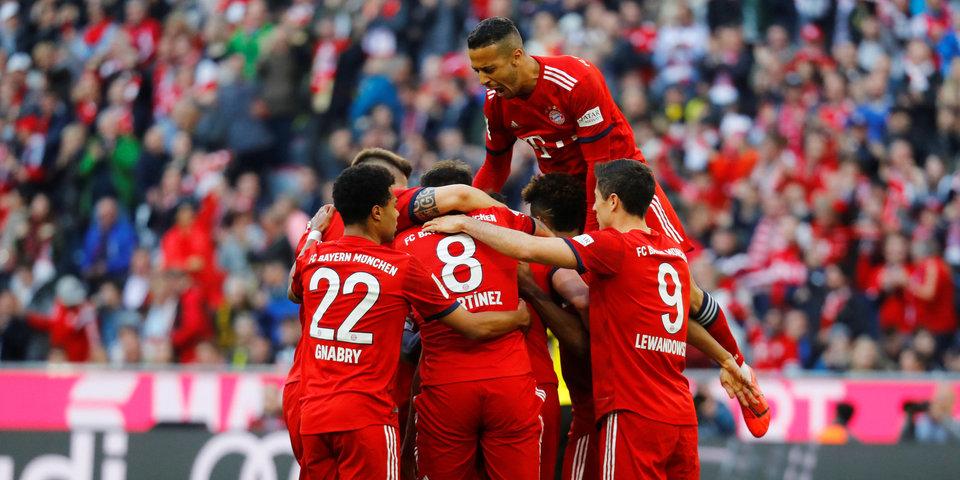 «Бавария» забила пять «Боруссии», Левандовский сделал дубль. Тут есть видео каждого гола, на это стоит посмотреть