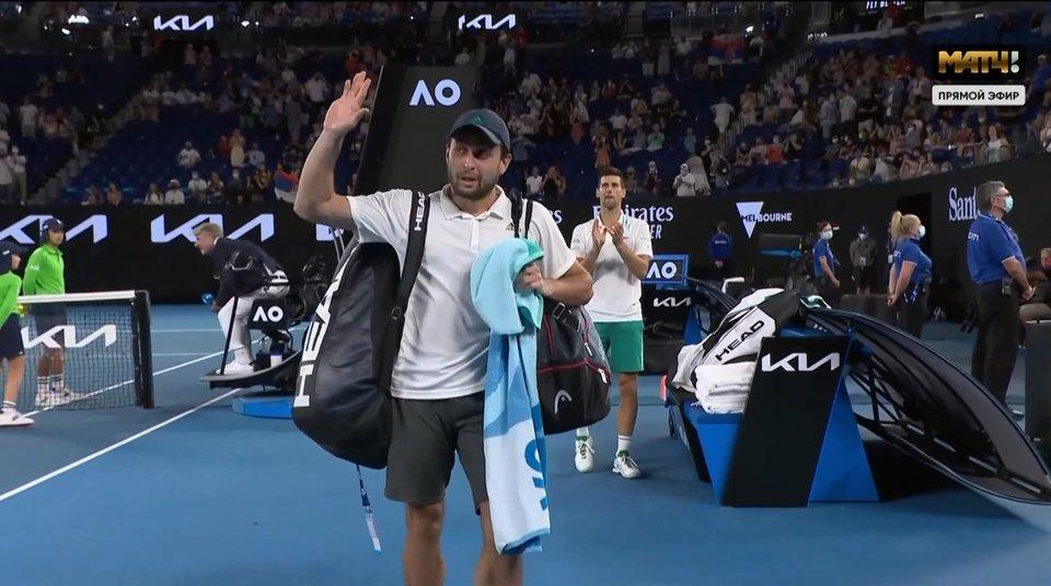 Карацев проиграл в полуфинале Australian Open. 19 февраля смотрим игру Медведев — Циципас на «Матч ТВ»
